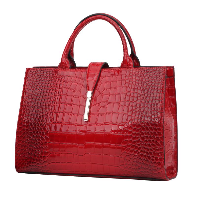 c55fe3049c19 Спешим представить вам хит сезона 2016 - сумки TOSOCO и клатчи BALEE от  производителя WEINI!!!